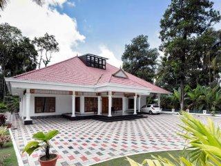 Cozy 3 bedroom House in Ernakulam - Ernakulam vacation rentals
