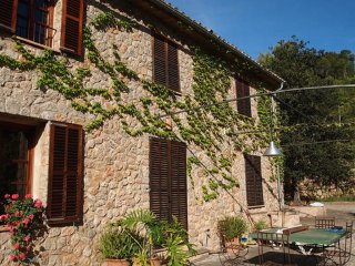 Arabic pool, terrace and cozy house - Esporles vacation rentals