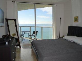 WOW! SUNNY LUXURY - OCEAN VIEWS-MODERN & SPACIOUS - Sunny Isles Beach vacation rentals