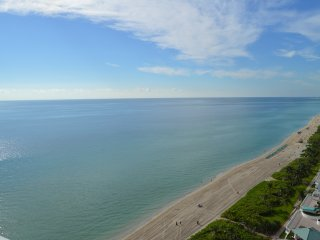 WOW! SUNNY LUXURY - OCEAN VIEWS-MODERN & SPACIOUS - Sunny Isles Beach vacation rentals