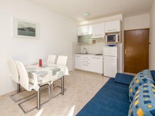 Villa Fani - Apartment with Balcony Ap.4 - Trogir vacation rentals