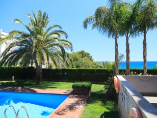 Nice Condo with Internet Access and A/C - Miami Platja vacation rentals