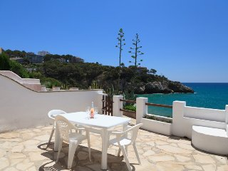 Lovely House with Washing Machine and Shared Outdoor Pool - Tarragona vacation rentals
