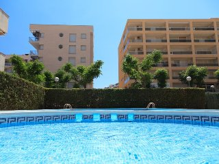 Nice Condo with A/C and Washing Machine - Tarragona vacation rentals