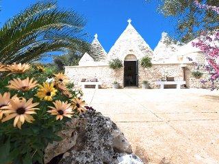 Trullo Oron Call - San Vito dei Normanni vacation rentals