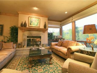 Adorable 4 bedroom Snowmass Village House with Deck - Snowmass Village vacation rentals