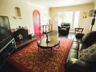 3 BR/2 BA Private Home Close to Rosebowl!Cozy/Warm - Pasadena vacation rentals