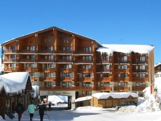 Perfect Condo in Val Thorens with Balcony, sleeps 8 - Val Thorens vacation rentals