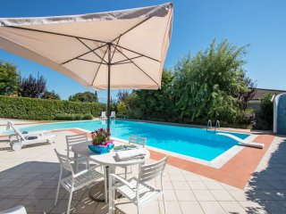 Spacious 4 bedroom Vacation Rental in Province of Brescia - Province of Brescia vacation rentals