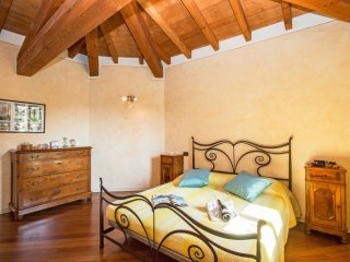 Comfortable Province of Brescia Apartment rental with Shared Outdoor Pool - Province of Brescia vacation rentals