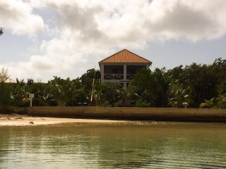3 bedroom Villa with Internet Access in Green Turtle Cay - Green Turtle Cay vacation rentals