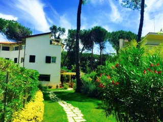 NOVA 4BR-garden&pool by KlabHouse - Forte Dei Marmi vacation rentals