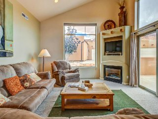Comfortable, dog-friendly townhome w/ seasonal hot tub & pool - close to town! - Moab vacation rentals