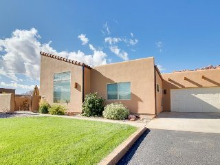 Dog-friendly townhome w/ gorgeous mountain views & seasonal shared pool/hot tub! - Moab vacation rentals
