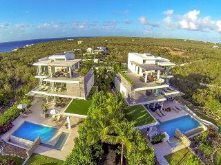 Perfect 10 bedroom Limestone Bay House with Deck - Limestone Bay vacation rentals