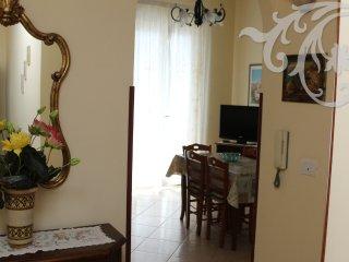 "casa vacanza ""COSTA D'ANGOLO"" - Maiori vacation rentals"