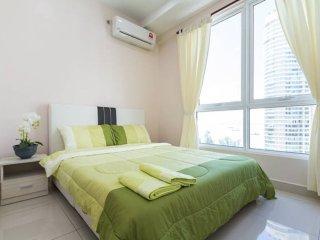 Centralized,Sea view,2 room,2 bath,WIFI,SereneCrib - Georgetown vacation rentals