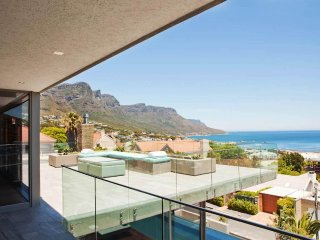 Ultra Chic 5 Bedroom Villa Walk To Beach | Cheviot - Camps Bay vacation rentals