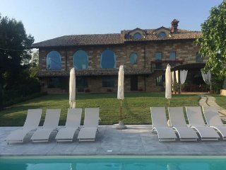 Nice Farmhouse Barn with Deck and Internet Access - Castelletto Merli vacation rentals