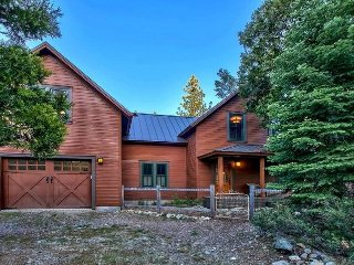 EUREKA LAKE LODGE- JOHNSVILLE Amazing home in the woods with beautiful finishes - Johnsville vacation rentals