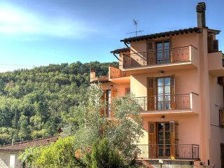 Bright and spacious home in the heart of Tuscany. - Figline Valdarno vacation rentals