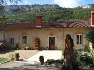 Les Carmes, luxury gite, walk to village. - Saint-Antonin Noble Val vacation rentals