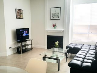 Luxury 2+2 Condo-ALL BRAND NEW+Pkgs+Great Location - West Hollywood vacation rentals