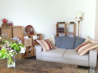 Joli studio clair et calme à 25 mn du Marais - Romainville vacation rentals