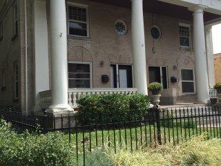 Spacious Duplex in Capitol Hill/Cheesman Park - Denver vacation rentals