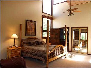 Ski-in/Ski-out Access - 2 Master Suites (1936) - Snowmass Village vacation rentals