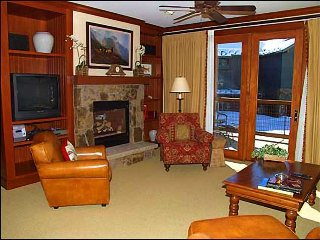 Snowmass Club - 2 Bedroom - Full Amenities (2149) - Snowmass Village vacation rentals