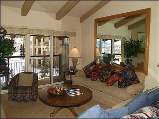 Great Location - Ski-in/Ski-out (2148) - Snowmass Village vacation rentals