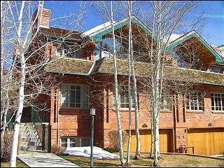 Elegant Town Home - Walk to lifts (2622) - Aspen vacation rentals