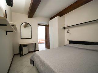 Comfortable 2 bedroom Apartment in Riomaggiore with Internet Access - Riomaggiore vacation rentals