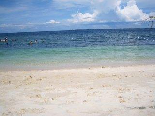 2 new lux 2BR condos-4BR-seaviews -5 pools-beach - Lapu Lapu vacation rentals