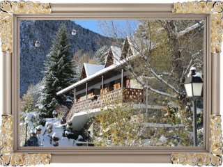Nice Chalet with Internet Access and Outdoor Dining Area - Arinsal vacation rentals