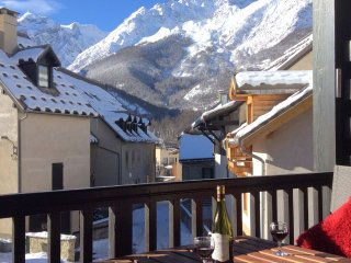 Perfect Studio with Internet Access and Satellite Or Cable TV - Serre-Chevalier vacation rentals