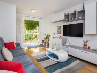 Apartman Mirjana Best Apartment For Your Vacation! - Split vacation rentals