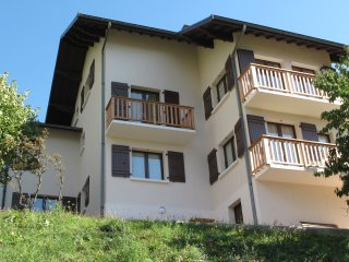 Maison de la Tour-Appartement 10/19p Grand Perron - Saint Michel de Maurienne vacation rentals