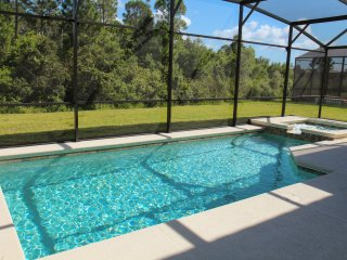 Jacken Villa Great for Large Families, 10 mins to Disney, Central location - Kissimmee vacation rentals