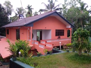 Very clean and nice, quoit and calm place. - Hikkaduwa vacation rentals