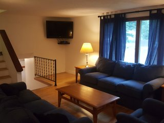 Spacious And Welcoming 4 Bedroom Home! - Old Orchard Beach vacation rentals