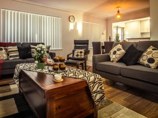 Istana Morley Perth - Amazing Value! - Perth vacation rentals