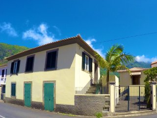 Nice 1 bedroom House in Sao Vicente with Deck - Sao Vicente vacation rentals