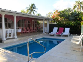 4 bedroom Villa with Internet Access in Holetown - Holetown vacation rentals
