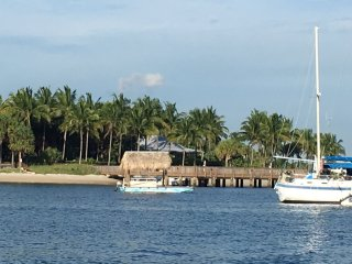 BLUE OCEAN AND BEACHES! Golf, fish, & More! - West Palm Beach vacation rentals