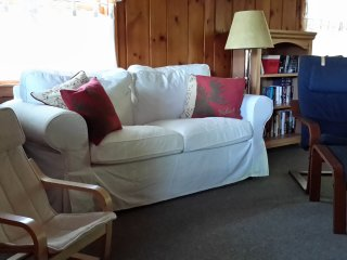 Cozy Cottage with Large Lake Front - Lake George vacation rentals