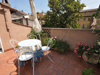 Penthouse Navona 1bedrooms,furnished terrace,quiet - Rome vacation rentals
