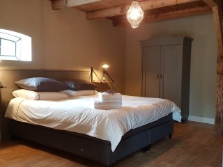 Appartement with Bed and Breakfast - Reeuwijk vacation rentals