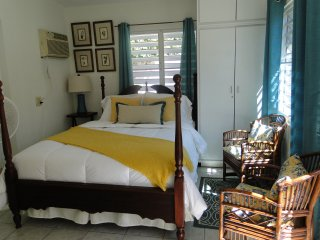 Cozy House with Mountain Views and Internet Access - Quebradillas vacation rentals